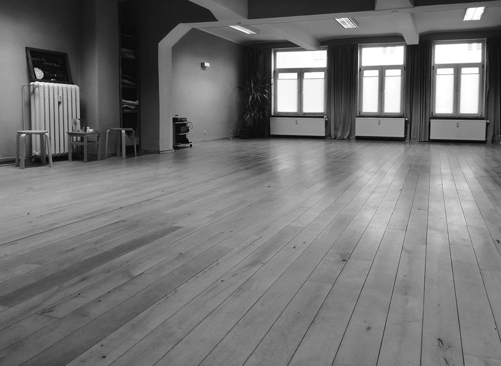 Yogaschule für Meditation in Kiel Studioraum grst